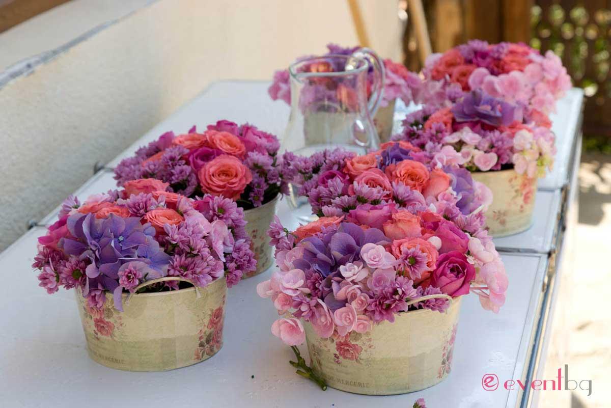 Цветя за сватба - декорация