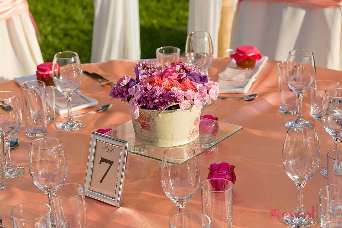 Украса на маса за сватба