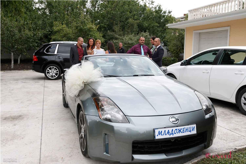 Кола под наем за младоженци