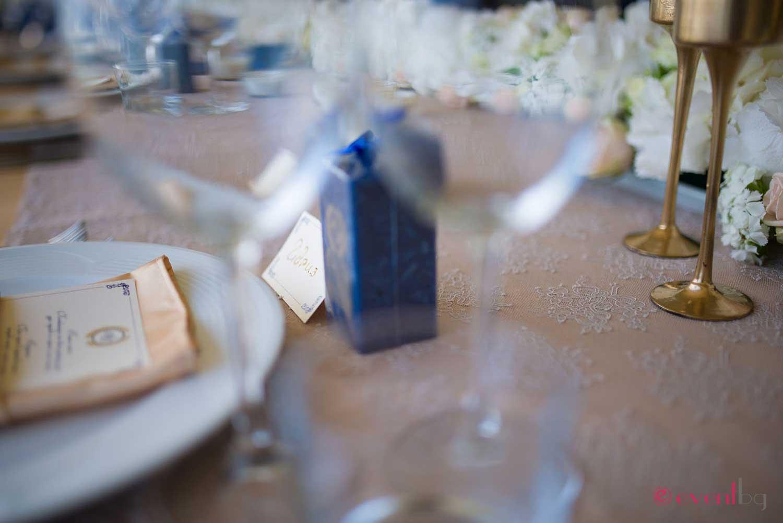 Булчинска маса декорация