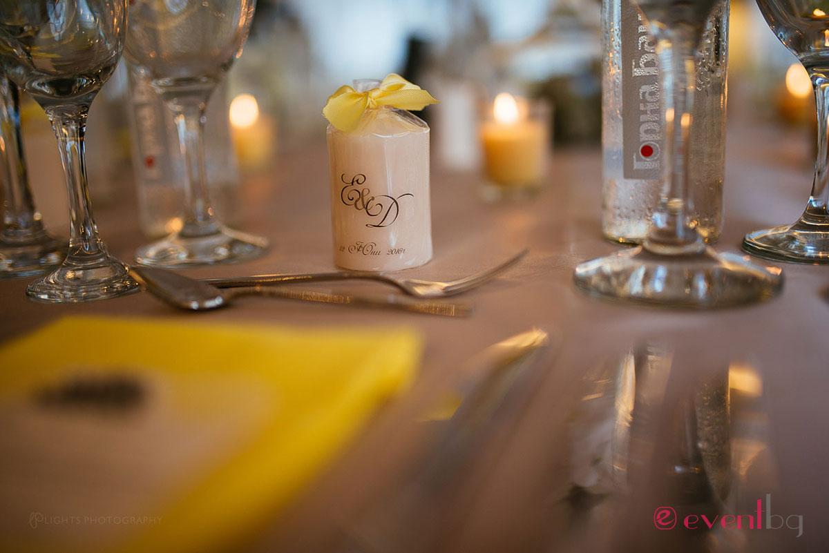 Сватбена украса - подложни салфетки