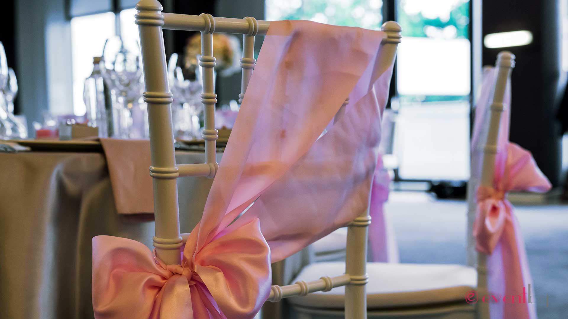 Бял стол Шивари под наем