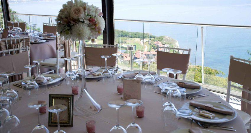 Сватбена украса в блъш и розово